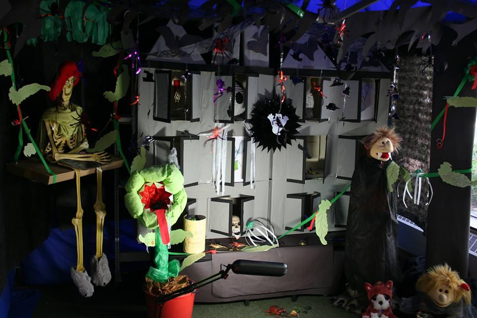 Creepy House top 10 library displays | Reading Agency